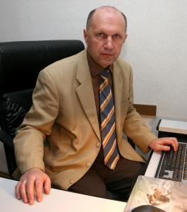 Доц. д-р Никола Атанасов